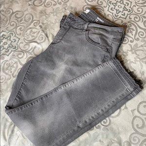 Sonoma gray skinny jeans sz 12